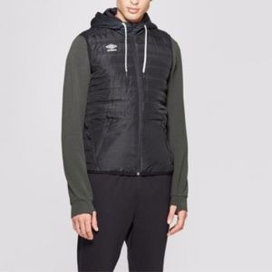Umbro Size XL Black Hooded Puffer Vest